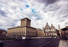 Plaza Venecia by Pablo Sánchez on 500px