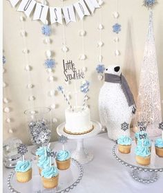 Winter Party Ideas and Decorations