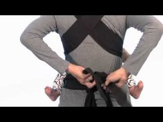 How To Mei Tei Video - With so many ways to wear the Sash, you can feel free to customize your own look and fit. The wrap and tie design naturally adjusts to your own body and grows with baby for years of comfortable use.