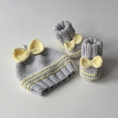 Merino baby girl set wool set for baby girl knitted set by Tuttolv Baby Knitting Patterns, Baby Hats Knitting, Knitted Hats, Baby Girl Hats, Girl With Hat, New Baby Photos, Baby Yellow, Baby Socks, Baby Sweaters