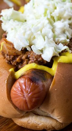 Carolina Chili Slaw Dogs | chili, slaw, mustard | chili recipe, slaw recipe