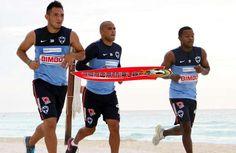 Los Rayados del Monterrey harán pretemporada en Cancún