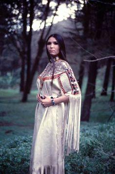 Sacheen Littlefeather - Native American activist (1973). Delicate dress, im impressed.