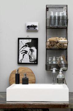 Bathroom @ loods5 op FB