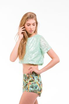 The Blingy Thingy Called Sequin Crop Top that Lures You with Its Charm - Be Modish #BeModish #fashion #sequin