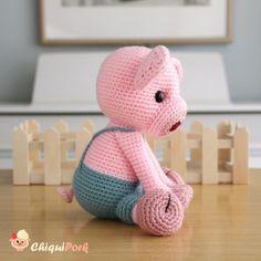 Crochet Pig, Crochet Patterns Amigurumi, Crochet Hook Sizes, Crochet Hooks, Piglet, Rabbit Toys, Crochet Basics, Lana, Dinosaur Stuffed Animal