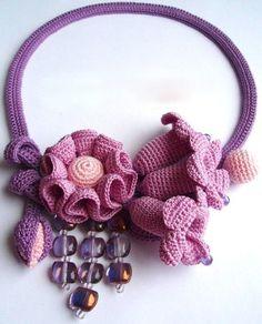 Original crochet jewelry by Tatiana Potemkina Crochet Fabric, Freeform Crochet, Crochet Art, Irish Crochet, Crochet Crafts, Crochet Dolls, Textile Jewelry, Fabric Jewelry, Jewellery