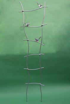 rankgitter aus verzinktem stahl mit gelaserten v gel um. Black Bedroom Furniture Sets. Home Design Ideas
