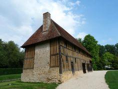 Chateau de Crevecoeur (Crevecoeur-en-Auge, France): Address, Phone ...