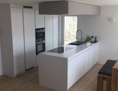 LEICHT Küchen; Küche I in Dettingen #LEICHT #lack #matt #silestone ... | {Leicht küchen weiß 98}