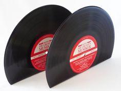 """Buchstützen - 10"""" Buchstütze 2-er Set aus Schallplatten - ein Designerstück von Aurum bei DaWanda"""