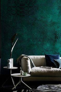 Wall&Deco - Design Tapeten Kollektion 2017 - Home decor - Wallpaper Emerald Wallpaper, Chic Living Room, Living Room Decor, Wallpaper Wall, Wallpaper 2016, Green Wallpaper, Photo Wallpaper, Cartoon Wallpaper, Pattern Wallpaper