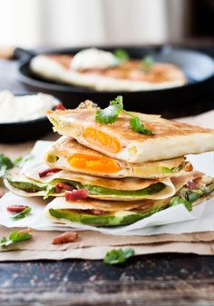 Whole Egg, Bacon and Avocado Quesadilla    Advantages for Weight Loss – Avocados are a rich source of healthy monounsaturated fatty acids that blast stubborn belly fat and enhance nutrient absorption in the body that helps to boost metabolism.