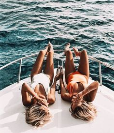Pin by madsb on aesthetic boat pics, summer pictures, holiday pictures. Lake Pictures, Beach Photos, Boating Pictures, Vacation Pictures, Bff Pictures, Lake Pics, Besties, Boat Pics, Boat Humor