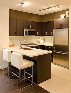 Top Small Apartment Kitchen Decor Ideas - Home - Cozinha Small Apartment Kitchen, Home Decor Kitchen, Kitchen Interior, New Kitchen, Kitchen Ideas, Kitchen Modern, Modern Kitchens, Kitchen Small, Kitchen Designs