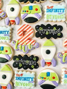2nd Birthday Party For Boys, Second Birthday Ideas, Toy Story Birthday, Fête Toy Story, Toy Story Party, Dibujos Toy Story, Toy Story Cookies, Cumple Toy Story, Cookies Et Biscuits