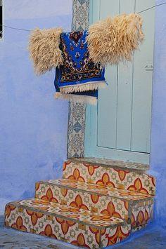 Zement Fliesen aud marokkanische Fliesen: http://www.buntesmarokko.de/