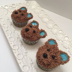 Baby boy teddy cupcakes by www.whatsbakinnyc.com @whatsbakinnyc