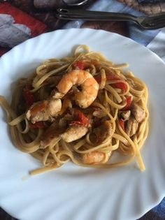 Pasta, Spaghetti, Ethnic Recipes, Food, Cooking Recipes, Chinese Recipes, Food Processor, Breast, Salad