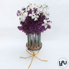 Aranjament floral LILIAC si NARCISE | YaU Concept BLOG