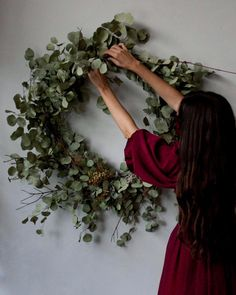 Finalizing plans for Fall/Winter wreath and centerpiece workshops. I really love teaching so prettttty excited. Date announcements coming soon! by yasminemei
