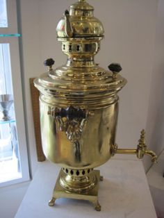 Traditional-SAMOVAR-BRASS-and-COMPLETE-with-individual-Brass-Tea-Pot-BEAUTIFUL