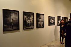 População de Diamantina representada em fotos das décadas de 40 e 50 (detalhes de militares enviados à 2ª Guerra). Exposição, Palácio das Artes, BH, MG, Brasil.