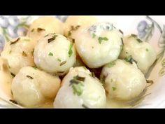 Se ho solo qualche PATATA ma voglio un PASTO SAPORITO! #272 - YouTube Potato Recipes, My Recipes, Pasta Recipes, Cooking Recipes, Sweet Potato Rice, Vegan Pastries, Romanian Food, Brunch, C'est Bon