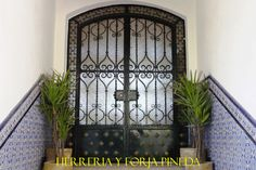 Disenos de Puertas de Herreria