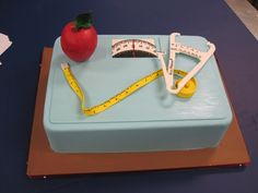 Mom Cake, Registered Dietitian, Fondant Cakes, Health And Wellness, Cake Recipes, Appetizers, Birthday Cake, Party, Desserts