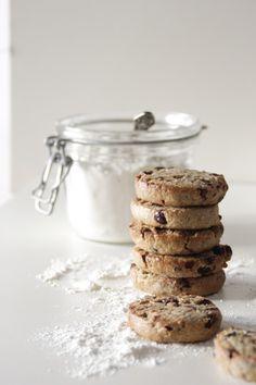 100% VEGAN: Cookies cranberries-chocolate