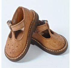 leather-shoes- Toxic chemicals used to tan them