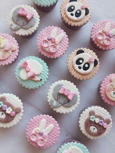 Fondant Cake Tutorial, Fondant Cupcake Toppers, Fondant Cookies, Cupcake Cookies, Animal Cupcakes, Cute Cupcakes, Kawaii Cookies, Panda Cakes, Ballerina Cakes