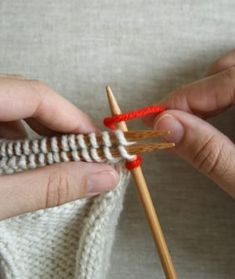 Bind Off - Knitting Tutorials: Bind Offs - Knitting Crochet Sewing Emb. - Bind Off – Knitting Tutorials: Bind Offs – Knitting Crochet Sewing Embroidery Crafts Patterns and Ideas! Bind Off Knitting, Knitting Help, Knitting Stiches, Knitting Yarn, Hand Knitting, Knitting Patterns, Crochet Patterns, Knitting Tutorials, Knit Stitches