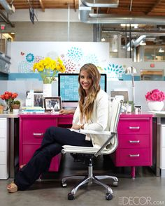 Plenty of movie stars have offices. But Jessica Alba might be the only one who works from a fuchsia desk...in the middle of an open-plan work space.   She shows us how she decorates an office to feel more like home.