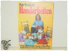 Handarbeitsbuch - 1978 - Mehr Freude mit Handarbeiten. Von vintageschippie bei DaWanda.