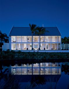 This modern, sun filled home in Vero Beach, FL was created by renowned Architect Hugh Newell Jacobson. It is open, airy and elegant. The architecture is considered Carribean Colonial and allows for huge walls of soaring glass to take advantage of the views. <3 this house!