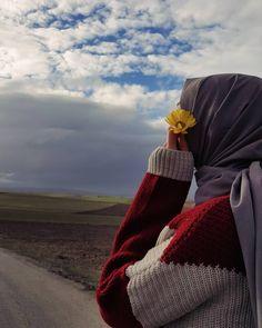 Hijab is my crown Tumblr Hipster, Hijab Hipster, Hijab Dp, Hijabi Girl, Girl Hijab, Hijab Outfit, Stylish Hijab, Hijab Chic, Simple Hijab
