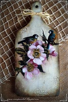 Decoupage, Wood Crafts, Diy And Crafts, Arts And Crafts, Vintage Birds, Vintage Walls, Handkerchief Crafts, Handmade Statement Necklace, Pottery Houses