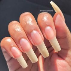 Semi-permanent varnish, false nails, patches: which manicure to choose? - My Nails Fake Gel Nails, Long Fingernails, Almond Acrylic Nails, Best Acrylic Nails, Cute Nails, Pretty Nails, Long Natural Nails, Nails First, How To Grow Nails