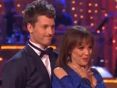 """Valerie Harper gets crowd on their feet, leaves judge in tears on 'DWTS'  """"It's good to be alive,"""" she said. """"And it's even better to be dancing."""""""