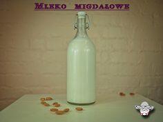 Almond milk with vanilla flavour