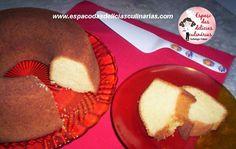 Bolo de fubá com chocolate quente - Bolo de fubá com leite de coco, ingredientes: ===========================================  3 ovos 2 xícaras de açúcar 1 xícara de óleo 150 ml de leite de coco 1 xícara de farinha de trigo 2 xícaras de fubá 1 colher de sopa de fermento em pó Opcional (1 colher de chá de erva-doce)