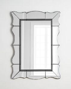 H7MDA  Abigail Mirror