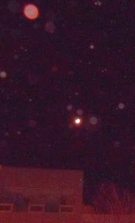 #Orb Pro: Orange Orb Upstages the Moon