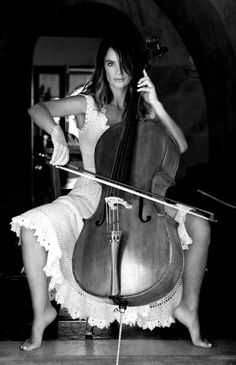 Gabrielle Anwar - There is something so sexy about, female musicians.