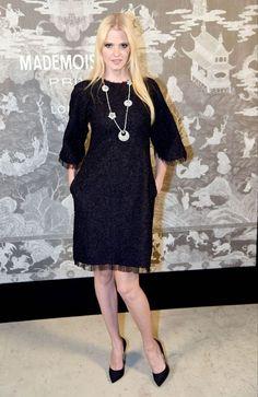 Lara Stone..... - Celebrity Fashion Trends