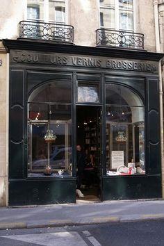 Astier de Villatte, Paris - Spotlight on Ceramics (houseandgarden.co.uk)