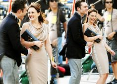 Ed Westwick and Leighton Meester on set of Gossip Girl