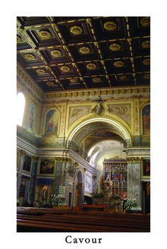 Cartolina su Cavour - Interno parrocchia di S.Lorenzo [Apre una nuova finestra]